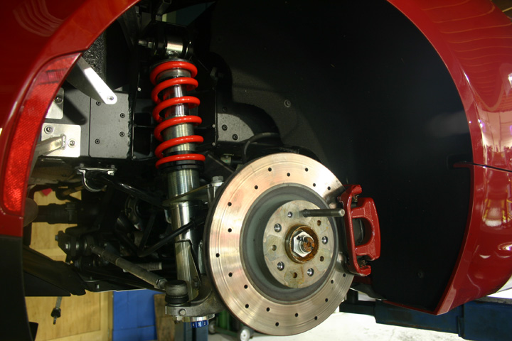 Alfa 4C brakes suspension